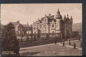 Scotland Postcard - Abbotsford Garden Front     RS9028