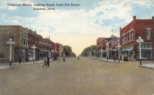 LPS70 ATLANTIC Iowa Chestnut St. looking South from 5th St. Town View Postcard