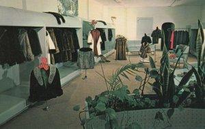 SARNIA , Ontario , Canada , 50-60s ; Gower Furs, 145 Christina Street