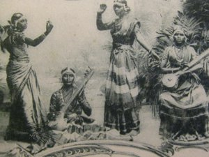 Ceylon 1920's-Hindo Temple-Nauch Girls-RPPC