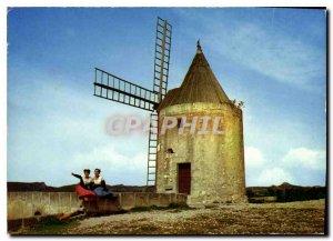 Modern Postcard The Heart of Provence Fontvieille the famous Moulin de Daudet