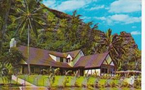 Hawaii Kaaawa Kahana Beach The Crouching Lion Inn