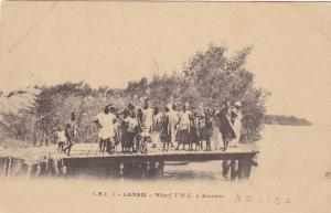 People on wharf/pier - GAMBIE , Pre-1907