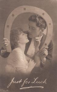 Romance Couple , Giant Horseshoe , Just for Luck , 00-10s ; TUCK 4591