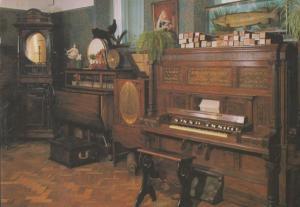 Keith Hardings World Of Music 1770 Barrel Piano Gloucester Postcard