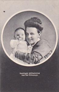 Koningin Wilhelmina met het Prinsesje