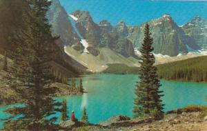 Canada Jasper Moraine Lake In Valley Of Ten Peaks