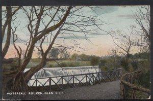 Scotland Postcard - Waterfall, Rouken Glen    RT1593