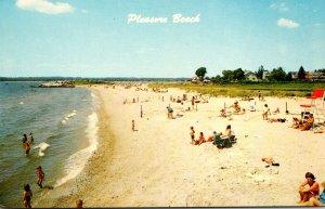 Connecticut Waterford Scene On Pleasure Beach