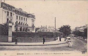 L'Hotel Du Casino Et Le Boulevard De l'Ecluse, Dinard (Ille Et Vilaine), Fran...