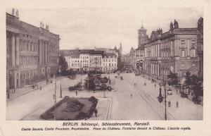 BERLIN , Germany , 00-10s : Schlosspl., Schlossbrunnen, Martstall