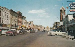 LINDSAY, Ontario, Canada, PU-1962; Kent Street, Classic Cars