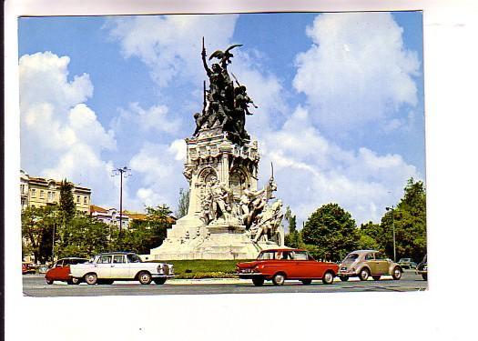 Cars Driving Around Guerra Peninsular Monument, Lisboa, Portugal