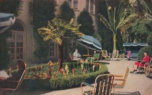 SAN FRANCISCO , California , 1950-60s ; Hotel Canterbury , Flower Garden