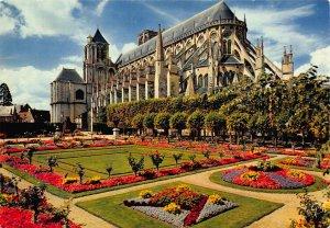 France En Berry Bourges Jardin de l'Hotel de Ville Town Hall Postcard