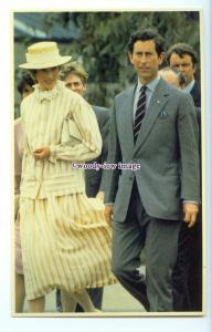 r2569 - Diana & Charles at Parks Community Centre, in Adelaide 1983 - postcard