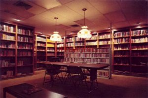 Continental-size TIP-O-TEXAS RV VILLAGE LIBRARY PHARR, TX the most relaxing room