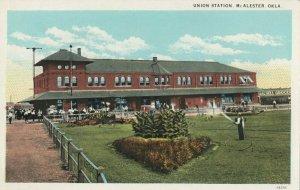 McALESTER , Oklahoma , 1900-10s ; Union Railroad Train Station