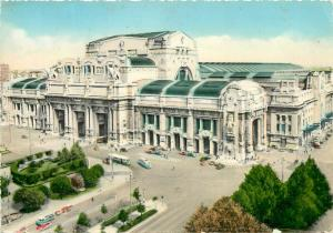 Italy Milan Central Railway Station semi-modern postcard