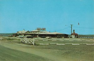 Duck & Dine, Old Saybrook, Conn. Advertising Postcard