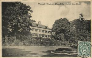CPA VINEUIL pres CHANTILLY - Maison St-PIERRE (131064)