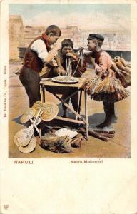 Italia Napoli, Mangia Maccheroni, spaghetti, pasta eating food costumes