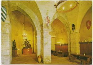 BARLETTA, Cantina della Disfida, unused Postcard