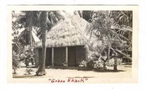 Photo; Native Grass Shack, 30-40s HAWAII
