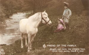Children with a white horse. A friend of the Family Old vintage English Postar