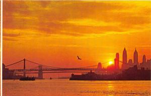 New York City @ Sunset~Beautiful Skyline~East River~Manhattan & Long Island~'70s