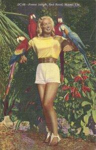 Beautiful Blonde Girl, Miami, FL, Shorts, Parrots, Teich Linen, Sexy Woman