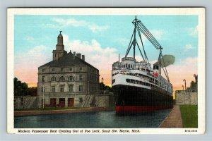 Sault Ste Marie MI, Passenger Boat, Poe Lock, Michigan Linen Postcard