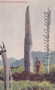Tombstone on Madagascar , 00-10s