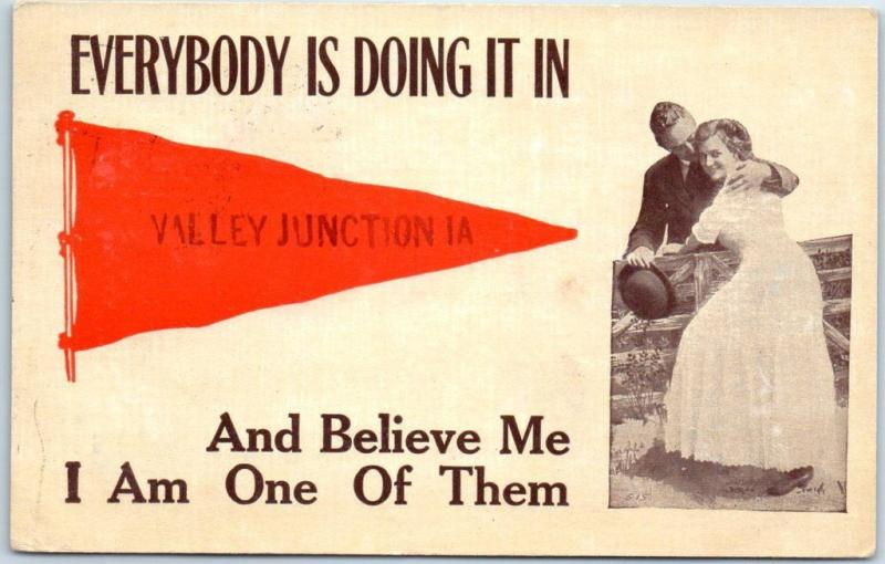 VALLEY JUNCTION, Iowa Postcard Everybody is Doing it in… Pennant 1912 Cancel