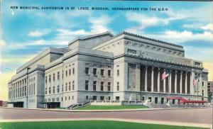 USA New Municipal Auditorium in St. Louis Missouri 01.95