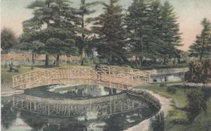 OTTAWA, Ontario, 00-10s ; Government Driveway Park, Walking bridge