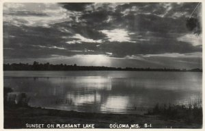 RP: COLOMA , Wisconsin , PU-1949; Sunset on Pleasant Lake