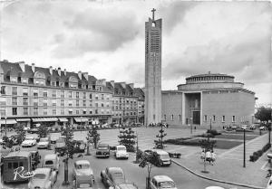 France En Bretagne, Lorient, La Place Alsace-Lorraine, auto cars 1962