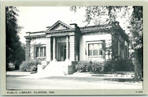 1940s Clinton, Indiana Postcard PUBLIC LIBRARY Building Street View Wayne Paper
