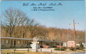 NOEL, Missouri  MO    BELL-AIRE MOTEL    Roadside  ca 1960s   Postcard