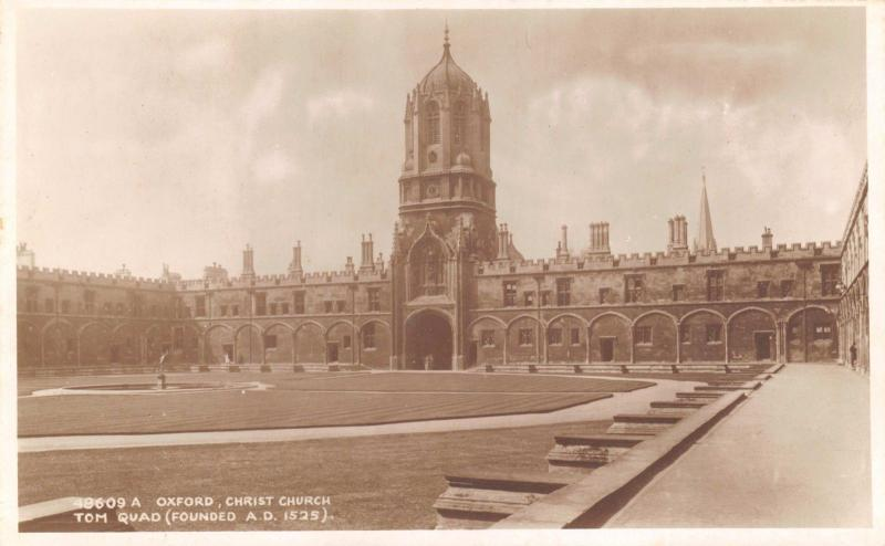 Vintage RP Oxford Postcard Christ Church Tom Quadrangle (K Ltd 1918-1936) J50