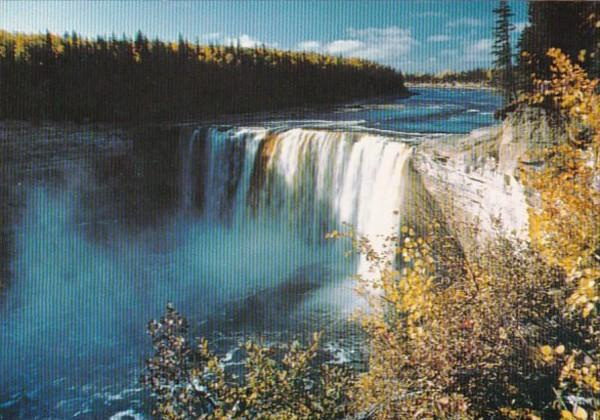Canada Northwest Territories Alexandra Falls Off Mackenzie Highway At Mile 43