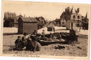 CPA BERCK - PLAGE  .- Sur la plage  (197551)