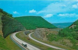I-80 KEYSTONE SHORTWAY PENNSYLVANIA MOUNTAINS CLINTON COUNTY POSTCARD