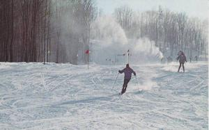 Skiing , Gray Rocks Inn , St Jovite , Quebec , Canada , 40-60s