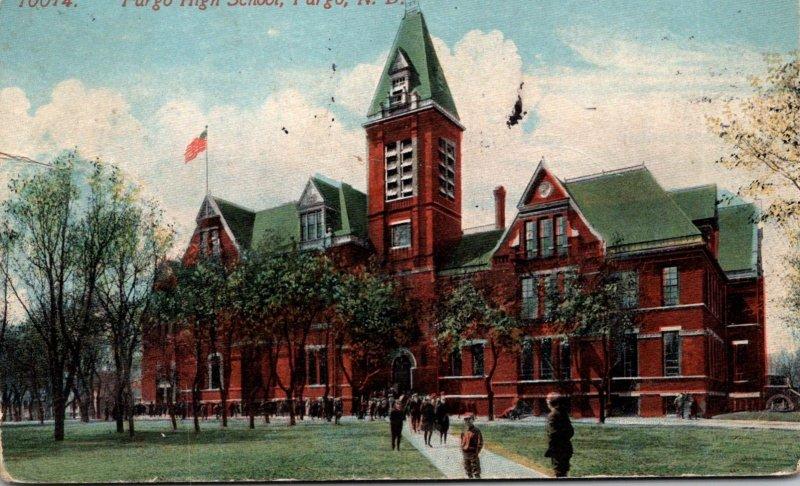 North Dakota Fargo High School 1914
