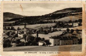 CPA Les Ardillats-Le bourg la mairie la Chaix (420952)