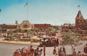 DISNEYLAND, California, 50-60s; Main Street, A busy day at Town Square