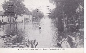 SIOUX CITY, Iowa , PU-1909 ; West 7th Street during Flood