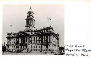 LP42 Detroit  Michigan  Postcard RPPC Court House